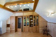 Wohnzimmer_Einbauschrank-in-Kirsche-und-Birke-Massivholz